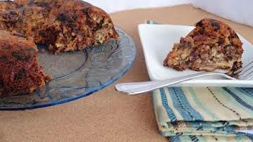 Pauline's Date Nut Cake
