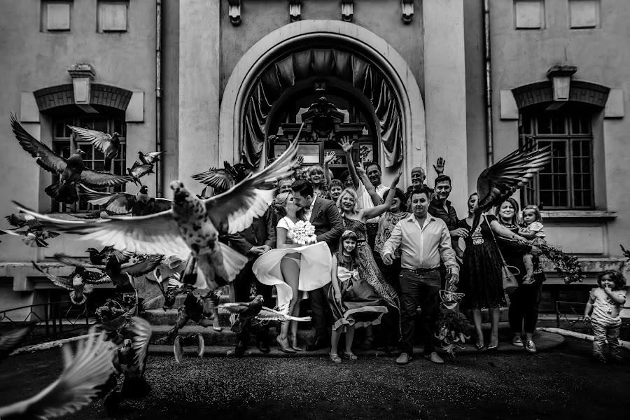 Wedding photographer Daniel Dumbrava (dumbrava). Photo of 26.09.2017