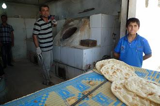 Photo: At bakery, Hawlêr, South Kurdistan (Iraq), 2013