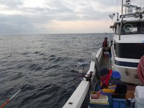 Photo: さっ、ナギ水面です。 がんばって釣りましょー!