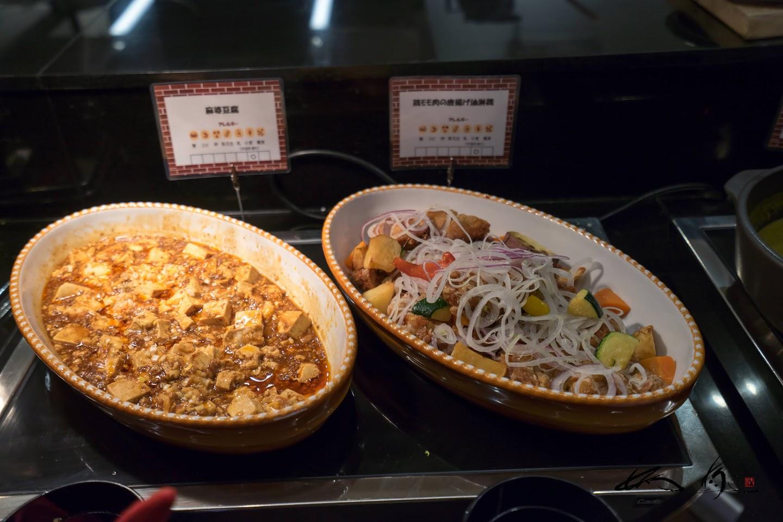 麻婆豆腐&鶏もも肉の唐揚げ油琳鶏(薬味甘酢かけ)
