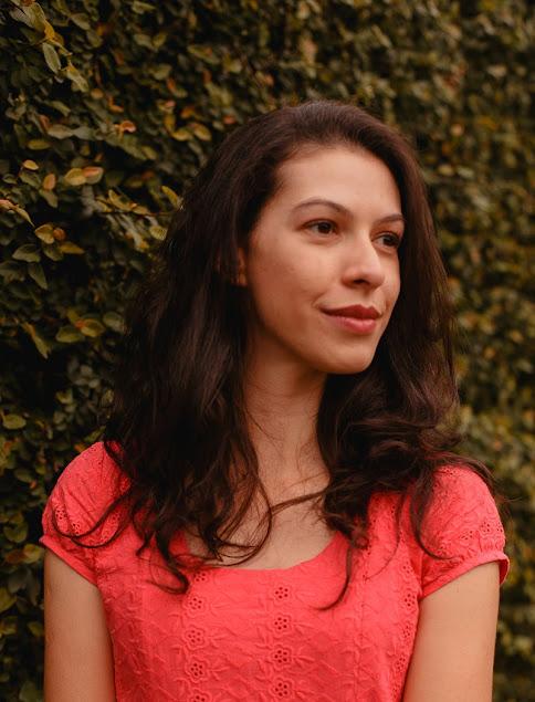 Aline Lima - Pergaminho Amarelo