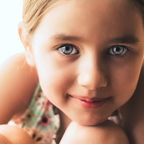 karin1 by Alex Kapmar - Babies & Children Child Portraits