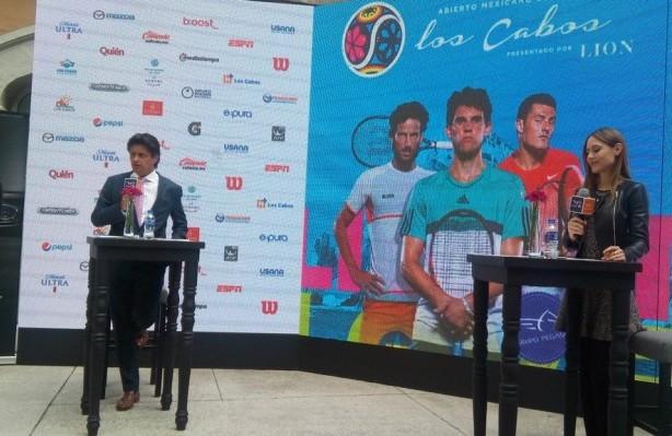 Thiem roba reflectores en torneo de Los Cabos, en México