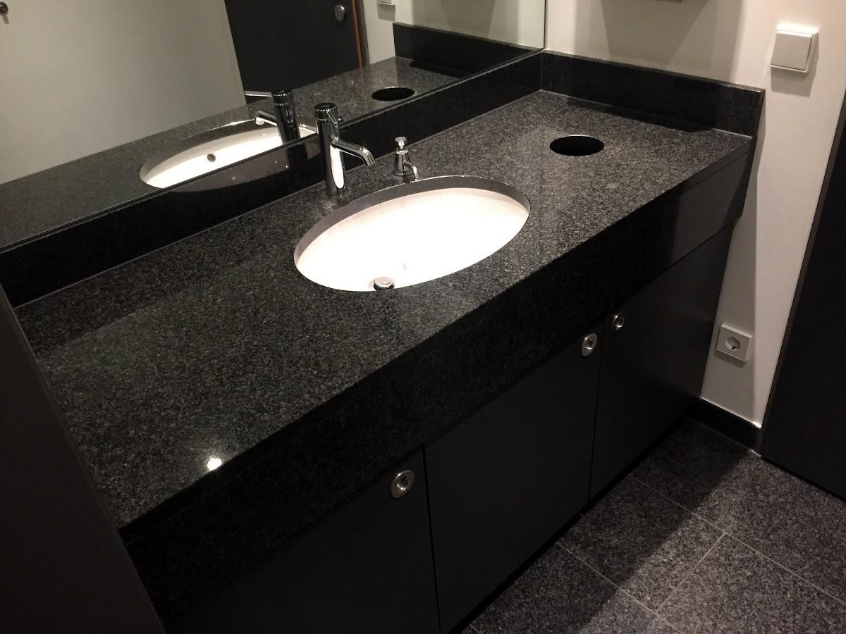 Details zu Bad Naturstein Arbeitsplatte Waschtisch Waschtischplatte schwarz  Granitplatte