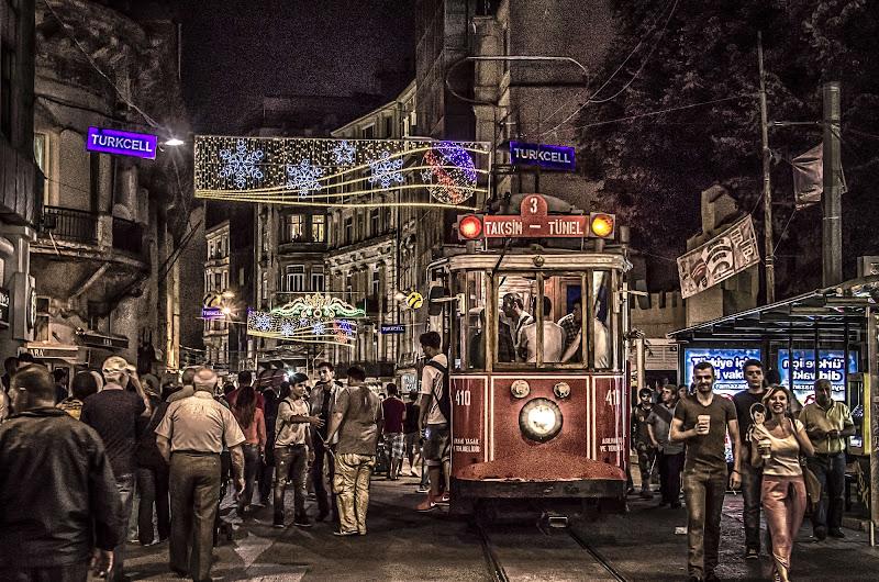 Red tram  di stefytina