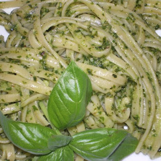 Linguine with Pesto Sauce