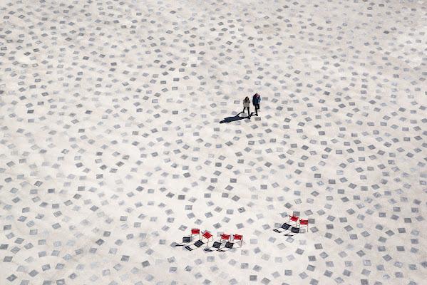 Affollamento in piazza del Sole di jandmpianezzo@bluewin.ch