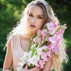 Wedding photographer Elena Pozdnyakova (fotoleya). Photo of 13.03.2016