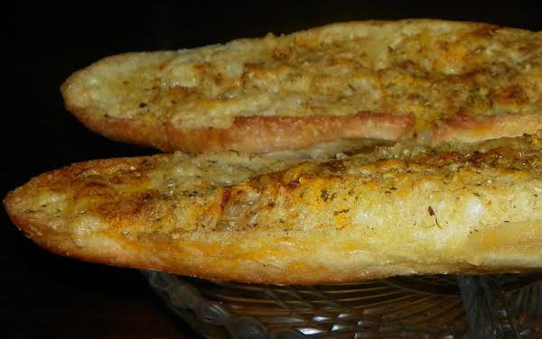 Brennen's Garlic Bread Recipe