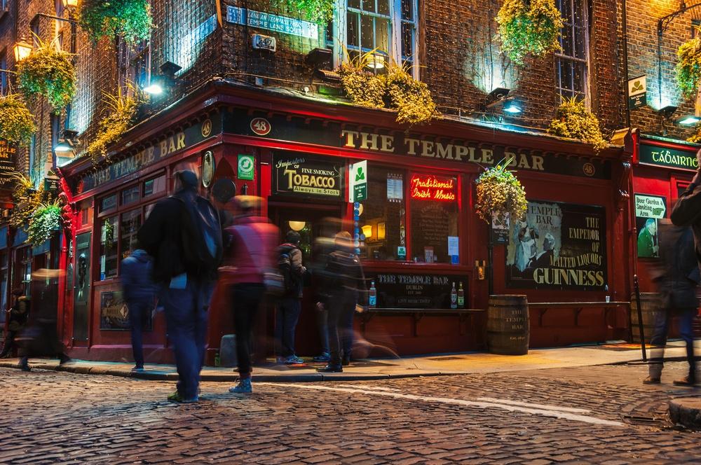 Uno de los legendarios pubs de Dublín. La mayoría de la diversión que está pasando aquí en la noche.