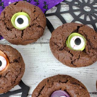 Monster Eye Cookies for Halloween.