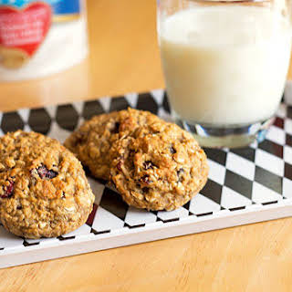 Healthy Cranberry Oatmeal Breakfast Cookies.