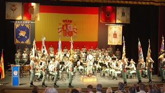 La Unidad de Música, la Banda de Guerre y el Coro de la Brileg durante su concierto.