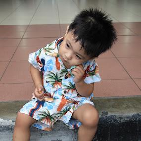 get bored..waiting by Irfan Andariska - Babies & Children Children Candids