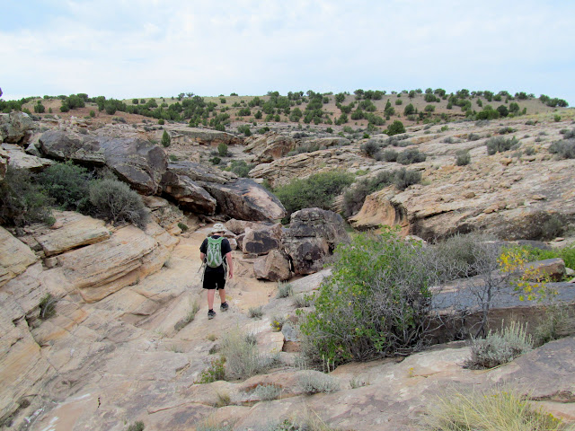Hiking into Little Holes Canyon