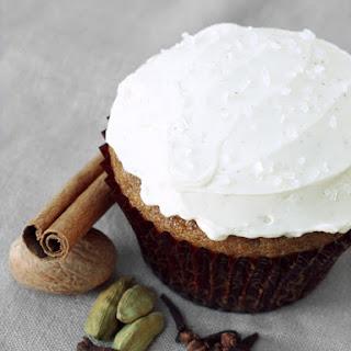 Spiced Chai Latte Cupcakes with Cinnamon Swiss Meringue Buttercream Recipe