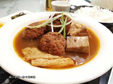 麻麻號。排骨 鴨血 豆腐專賣