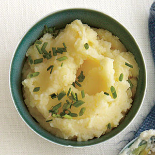 Golden Buttermilk-Chive Mashed Potatoes