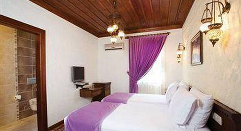 Otantik Hotel
