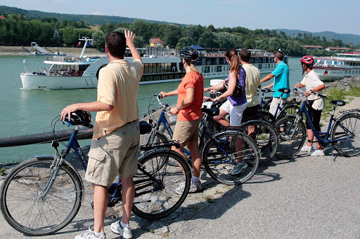 amalea-sightseebike.jpg - Take a guided bike tour or head out on your own — choose a bicycle aboard AmaLea to explore Europe at your own pace.