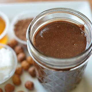 Hazelnutty Cocoa Spread {Homemade Nutella}.