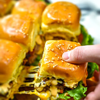 Loaded Juicy Lucy Sheet Pan Sliders Recipe