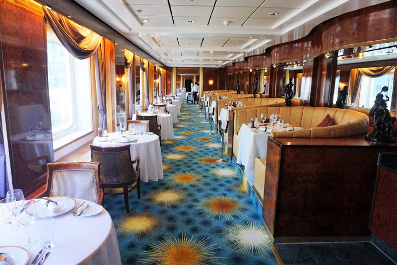 A daytime look at Le Bistro, the French restaurant on deck 11.