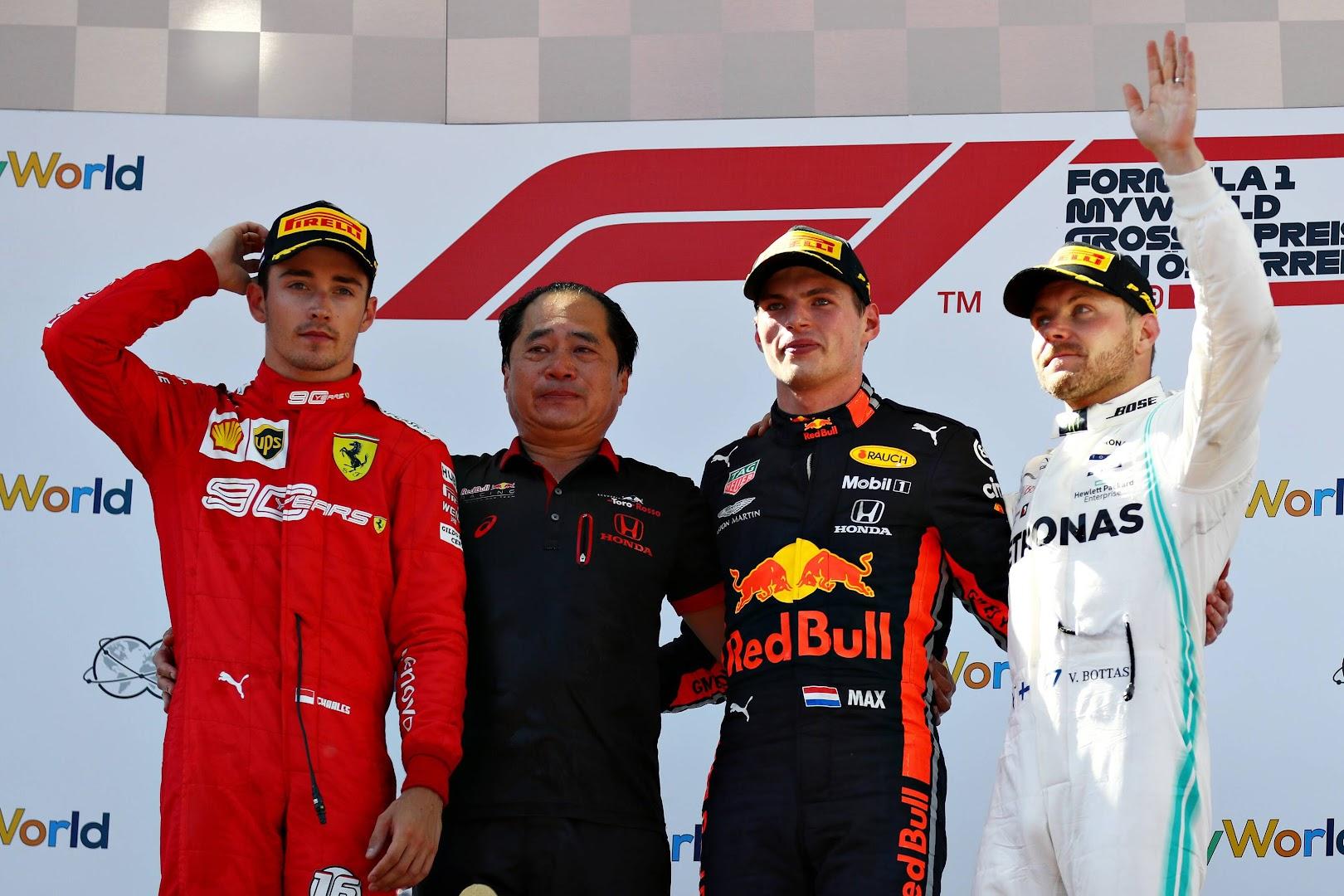 F1第9戦オーストリアGP表彰台の3人とホンダF1の田辺氏