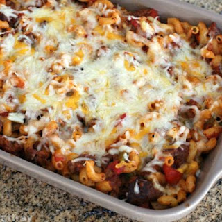American Chop Suey Casserole With Cheese Topping