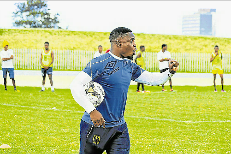Tornado coach Tshepo Motsoeneng expects his team to come out fighting in defence of their title so they can qualify for back-to-back berths in the National First Division playoffs this season, after failing to gain promotion to the NFD this year.