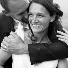 Wedding photographer vanessa amiot (amiot). Photo of 14.03.2017