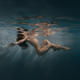 Stripes by Dmitry Laudin - Nudes & Boudoir Artistic Nude ( glare, reflection, blue, light, yellow, nude, dive, girl, body, approach, swim )