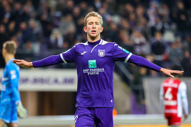 🎥 De transfuge critiqué à meilleur buteur d'Anderlecht: la saison de Michel Vlap en trois minutes