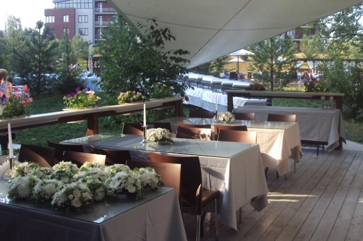 Фото №3 зала Открытый ресторан «Парус»