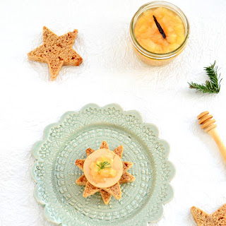 Star-Shaped Gingerbread Topped with Foie Gras and a Pear-Vanilla Confit.