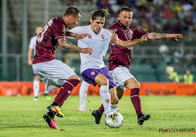 Laatste in Serie B, Livorno, geeft het zeven wedstrijden voor het einde al op, achttien spelers verlaten de club
