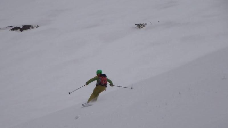 【乗鞍岳バックカントリー】スキー滑走