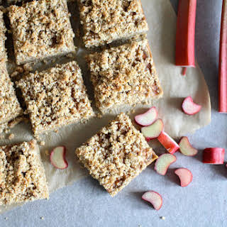 Rhubarb Oat Bars with Streusel Crumb Topping.