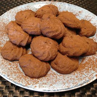 Keto Mocha Meringue Cookies.
