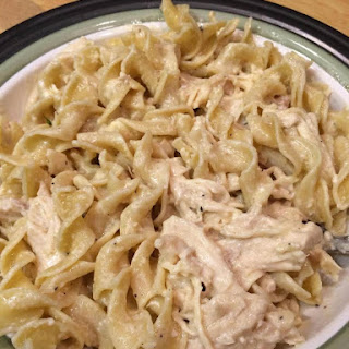 Creamy Crockpot Chicken With Pasta.