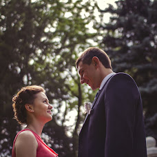 Wedding photographer Evgeniy Moldovanyuk (Moldowano). Photo of 19.06.2013