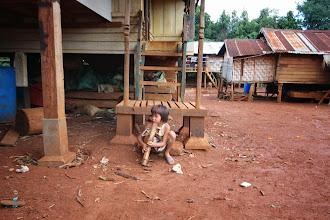 Photo: Laos Reisen, Smoking Girl