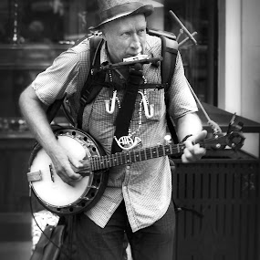 banjo man by Brook Kornegay - Black & White Street & Candid ( new orleans, black and white, french quarter, musician, mardi gras, street photography,  )