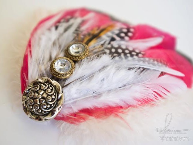 Red, Brown, and White Feather Hair Pin - DIY Fashion Accessories | fafafoom.com