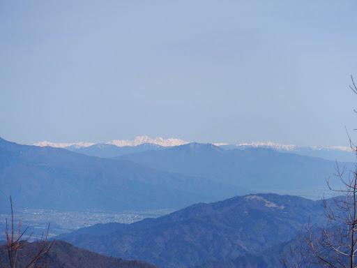 北アルプス(笠ヶ岳・穂高連峰・蝶ヶ岳・常念岳など)も見えてくる