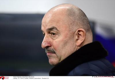"""Russische bondscoach over blunder Courtois: """"Misschien is het toeval, misschien niet"""""""