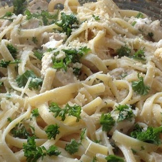 Lighter Chicken Fettuccine Alfredo Recipe