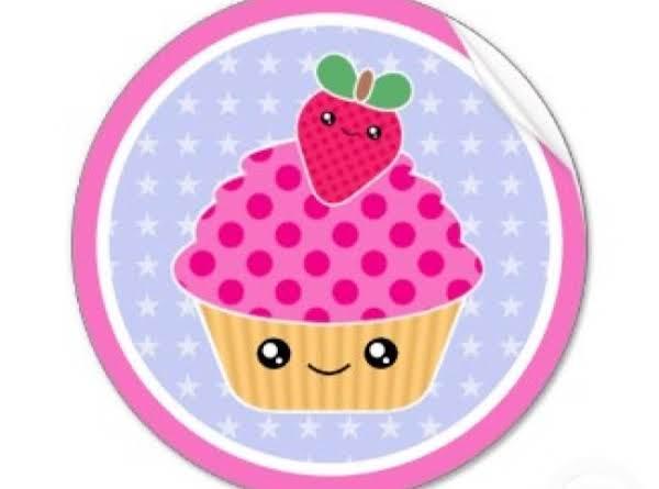 Red Velvet Mochiko Cupcakes W/dulce De Leche Buttercream Frosting