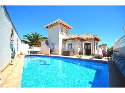 Playa Flamenca Freistehende Villa: Playa Flamenca Freistehende Villa zu verkaufen